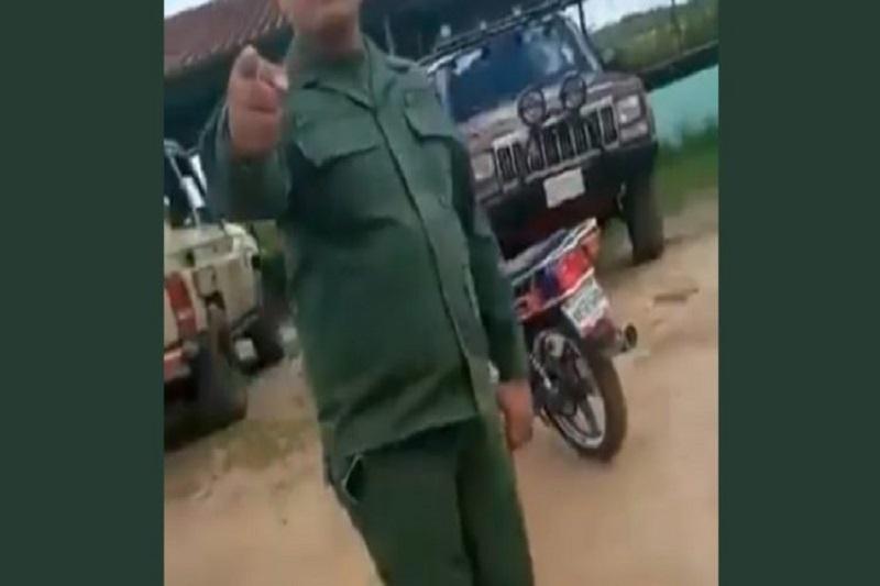 Detuvieron al teniente mafioso que obligaba a un sargento a extraer gasolina de una camioneta de la GNB 3