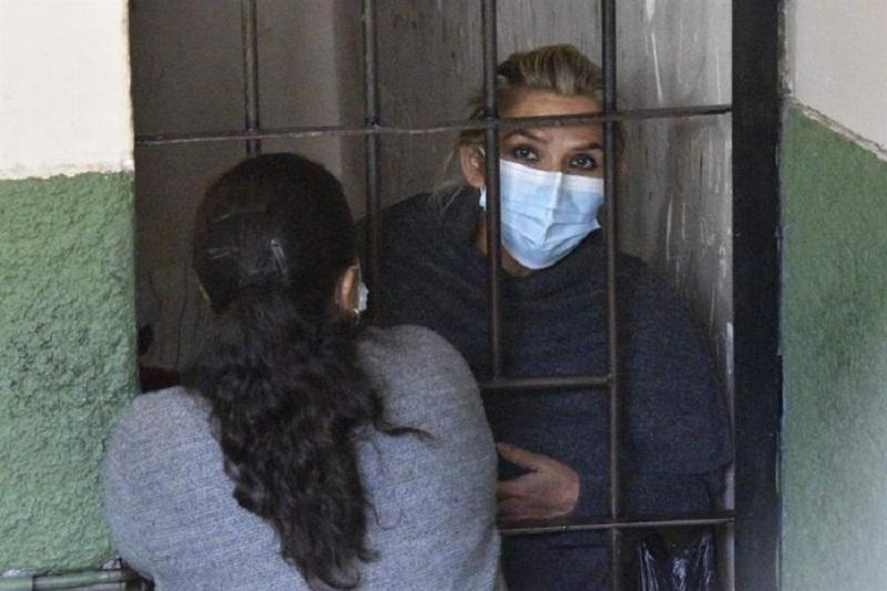 Fiscalía de Bolivia pide seis meses de cárcel preventiva para Jeanine Áñez 2