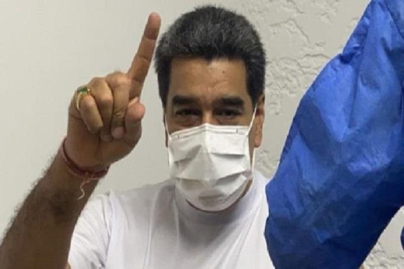 Maduro y Cilia vacunados contra el coronavirus con la Sputnik V 2