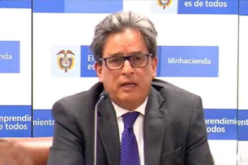 Renuncia el ministro colombiano de Hacienda 1