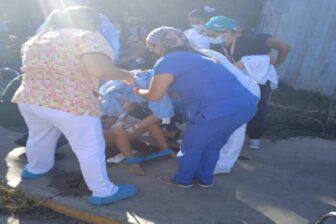 Video: Parió en las afueras del Hospital Pastor Oropeza en Lara 1