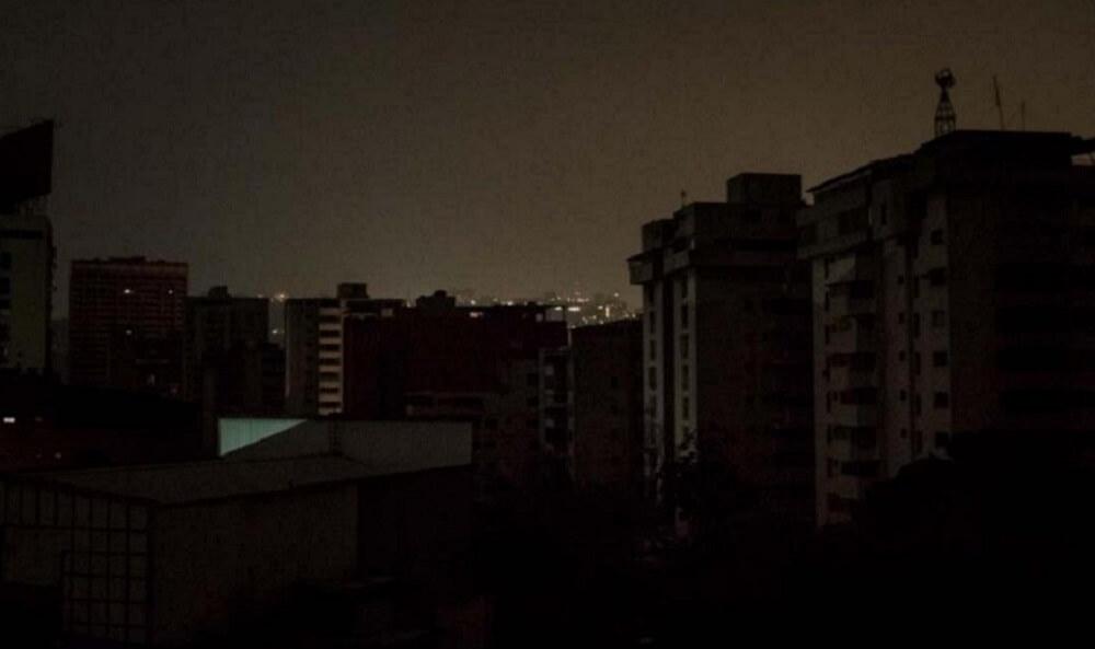 Falla eléctrica deja sin luz parte de Gran Caracas y varios estados 1