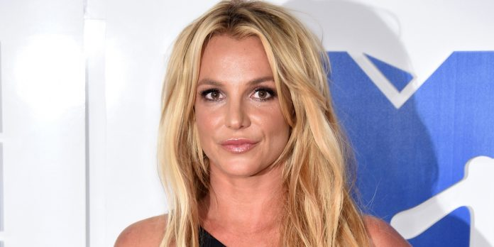 """Britney Spears quiere demandar a su padre por """"abuso en la tutela"""" 9"""
