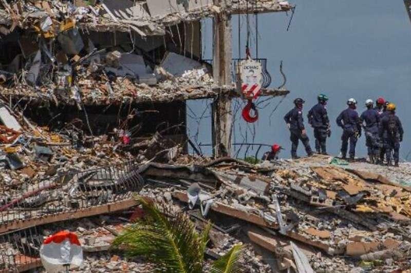 Sube a 94 la cifra de fallecidos en derrumbe de edificio en Miami-Dade: Cifra de desaparecidos se ubica en 22 2