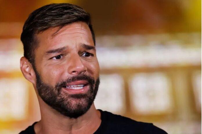 Instagram censuró fotografía de Ricky Martin junto a su hijo 1