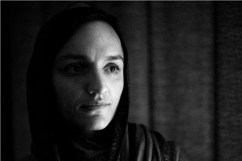 """El drama que vive la única alcaldesa afgana: """"Estoy en mi casa esperando que me vengan a matar"""" 1"""