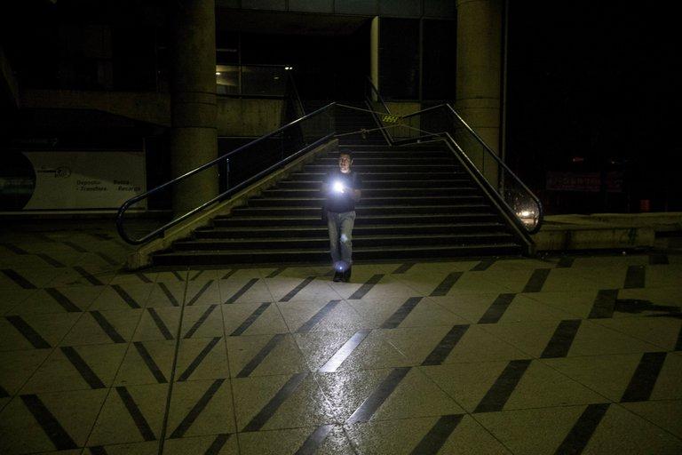Un nuevo apagón dejó sin electricidad varias ciudades de Venezuela 1