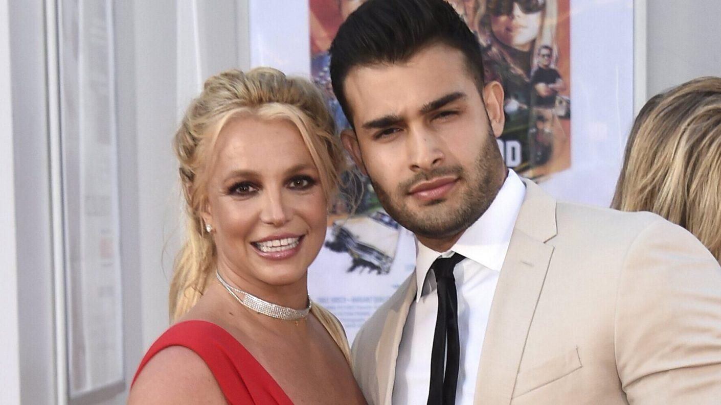 Britney Spears se compromete con su novio 2